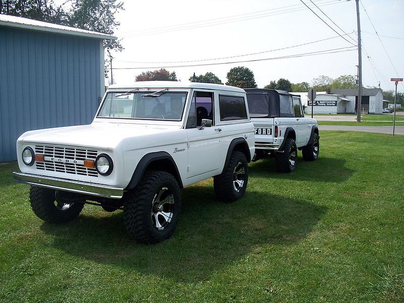 Bronco Restoration - Restored Ford Bronco 1966-1977 photo gallery